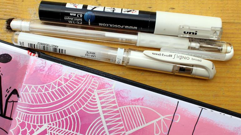 Strumenti che adoro: I love white pens!